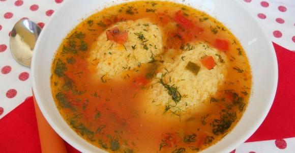 Supă de roşii cu găluşte