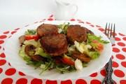 medalioane de porc cu ciuperci si salata 3 3