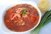 Supă deasă de legume cu tăiţei